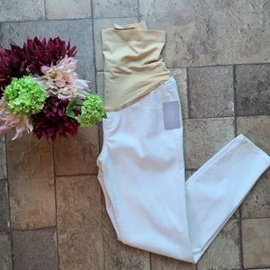 NWT Maternity Jeggings
